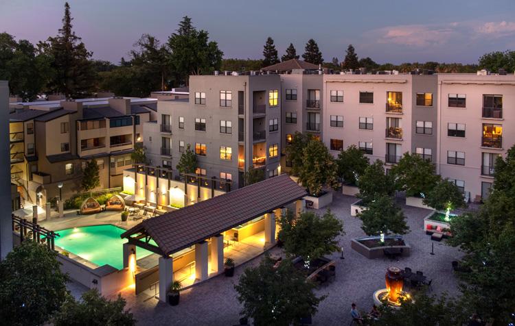 1801LCourtyard & Pool Nighttime_sm