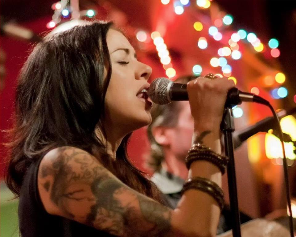 torch club female singer