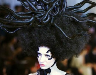 hair & fashion battle medusa