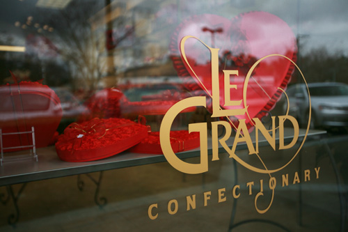 Le Grand Confectionary