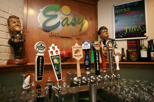 easy on i bar and grill beers