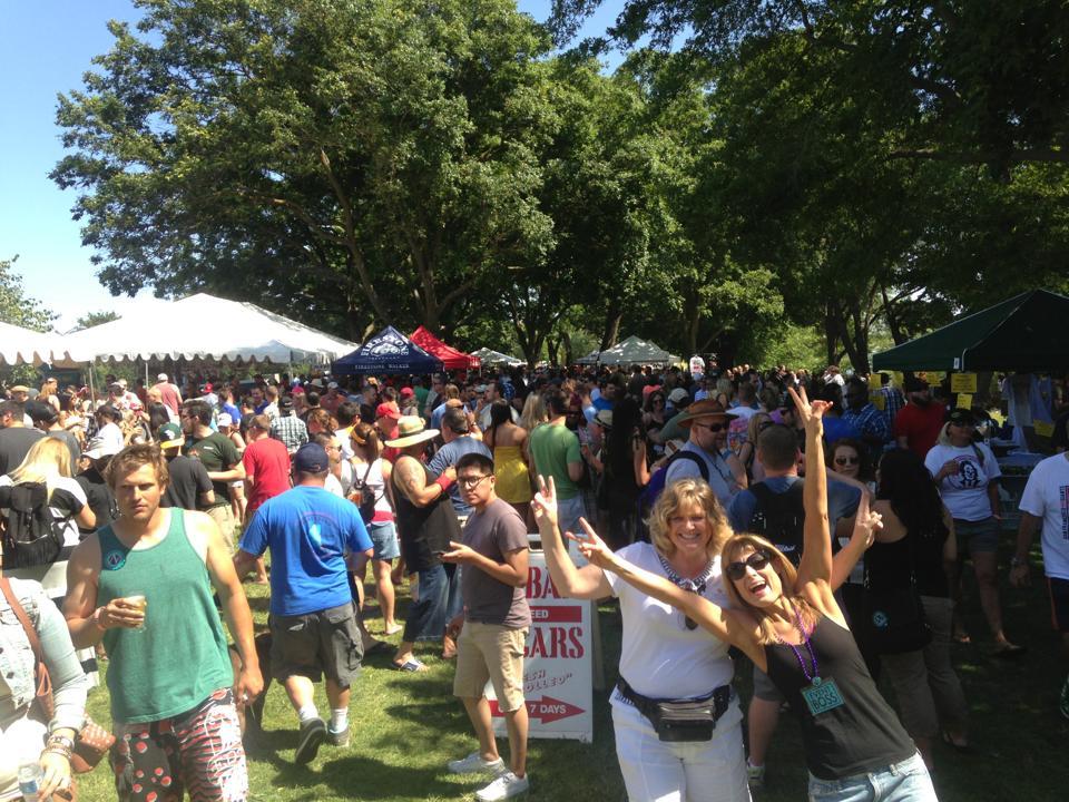 west coast brew fest crowd