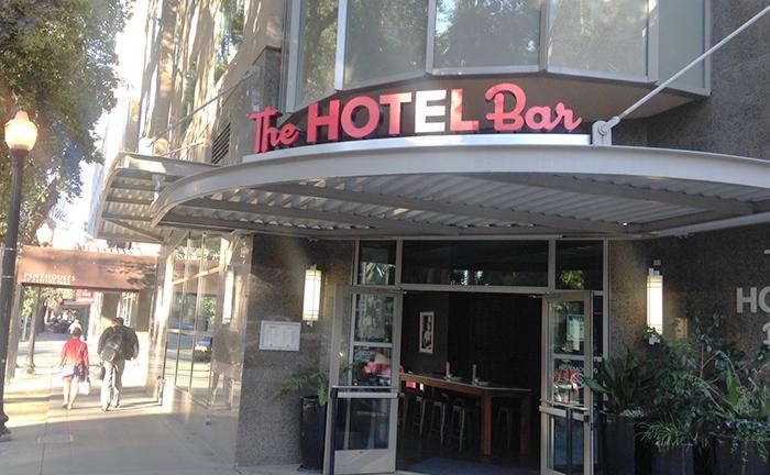 hotelbar7
