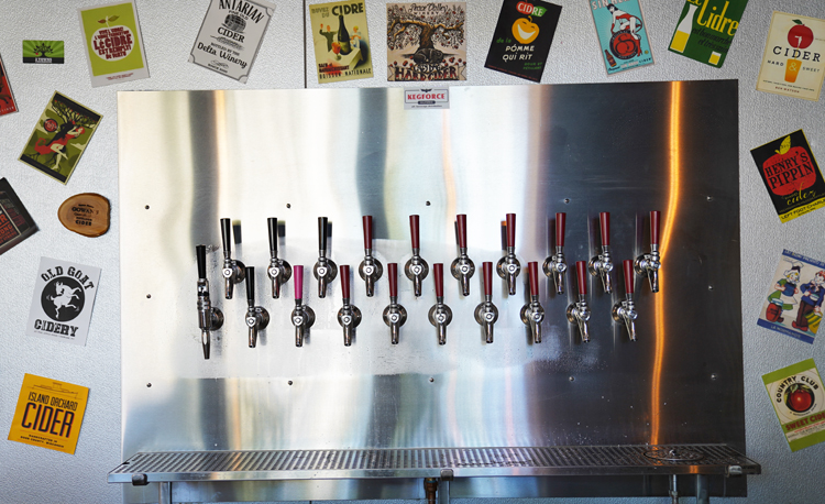 scott duncan - Cider House - taps