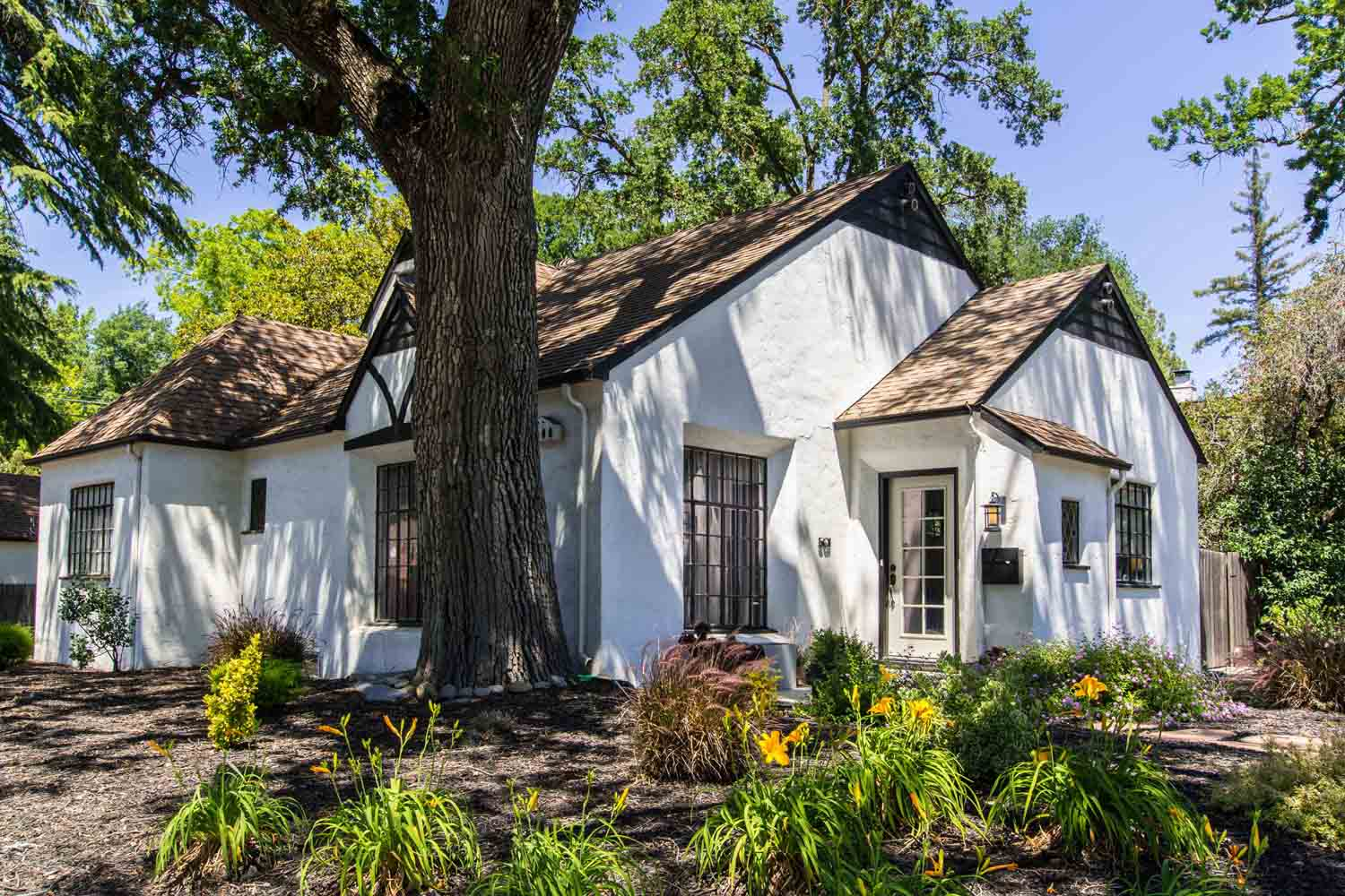 Sacramento Historic Home Tour in Woodlake